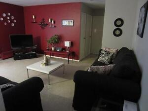 Great for roommates! London 2 Bedroom DELUXE apartment for rent
