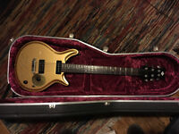 JJ Special Gold guitar, handmade in UK, Brazilian mahogany body, special rosewood fingerboard