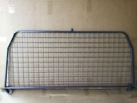 Land Rover Defender 90 or 110 Dog Guard (above bulkhead type)