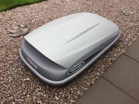 Roof Box and Thule Lockable Roof Bars