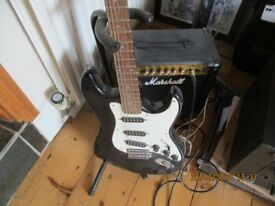 Hohner Marlin electric guitar & Marshall 15 CDR Amp