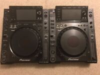 2x Pioneer CDJ 2000's Including Stand and Cables