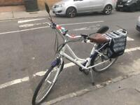 Electric bike NEEDS NEW BATTERY estimated at £200-&300(Halfords)