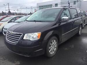 2010 Chrysler Town & Country STOW N GO/7 PASSAGERS/TOURING