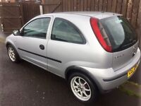***Silver corsa sxi, 1 litre engine, Full years mot, great wee car for first time drivers***