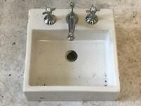 Counter top square wash basin sink with taps