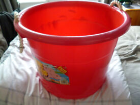Large Red Gorilla Type Tub/Bucket/Container