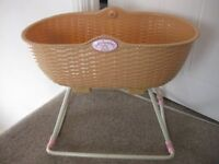 BABY ANNABELLE ROCKING CRIB sturdy plastic design - lovely condition REDUCED PRICE - NOW ONLY £5.50