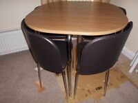 Table & Chairs New
