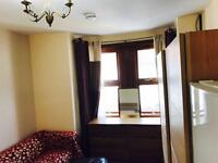 1 bedroom in Hampton Road, Ilford, IG1 1PT - walking distance to the town centre and train & tube st