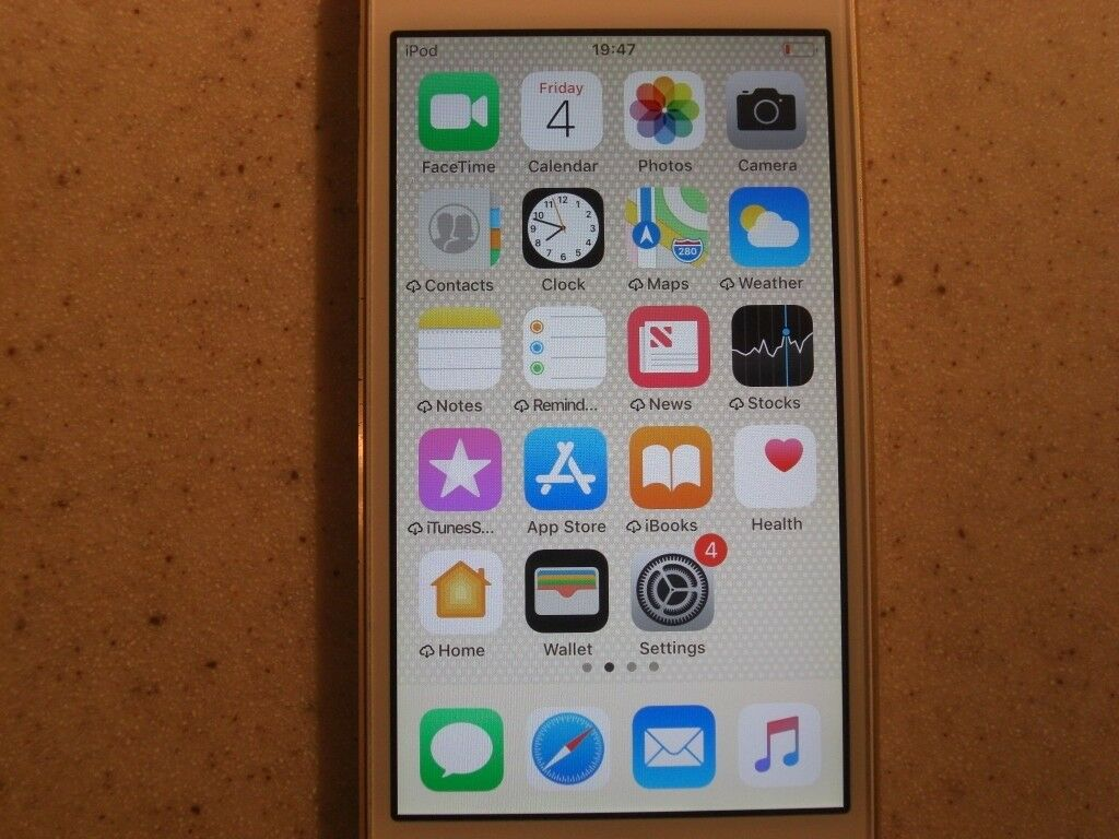 Ipod Touch 6th Generation 16 Gb Gold Colour Excellent