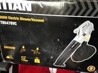 Titan 2800w Electric Leaf Blower/Vacuum New