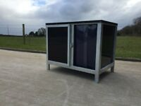 QUALITY BLACK DOG CABIN, DOG BOXES & DOG PENS