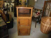 VINTAGE POT CUPBOARD CIRCA 1930'S , 39 INCHES HIGH, 20 INCHES DEEP, 19 INCHES WIDE, GOOD CONDITION