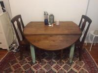 Gorgeous Antique oak table and 4 chairs