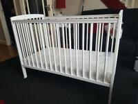 Cot / Moses basket plus extras