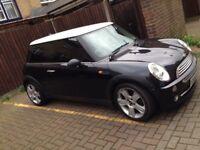 Mini Cooper 06 plate Black Car for sale East London - Tower Hamlets - Quick sale