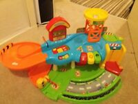 vtech toot toot car garage STILL AVAILABLE 19/02