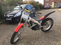 Beta rev 3 2003 250cc trials motorbike