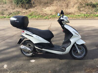 2016 Piaggio Fly 125 3V Scooter Good commuter quick sale