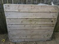 Free wooden pallet for collection
