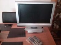 tv with built in dvd player and freeview box