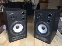 Behringer Digital Monitor MS40 2‑way Speakers