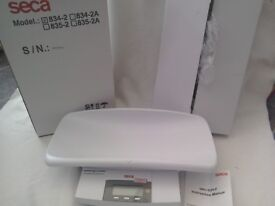 Seca weighing scales Baby Weighing scales like midwives use Boxed cost £100+