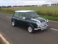 CLASSIC MINI COOPER (1995) Recently MOT'd. Looking for quick sale - price negotiable.