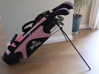 Bay Hill junior girls golf clubs and bag