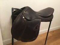 Prestige show jumping saddle - brown - very good condition