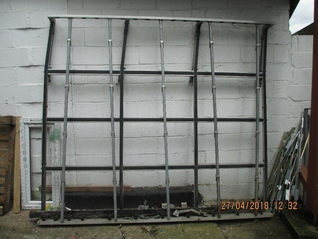 Van glass and frame frail