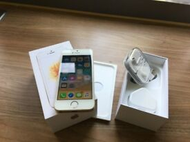 IPHONE SE 32 GB UNLOCK ALL ACCESORIES CONDITION 10/10