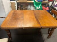 £100 for LOT - Mahogany Extendable TABLE AND 4 CHAIRS - Dark Wood