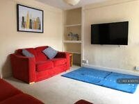1 bedroom in Beaumont Place, Plymouth, PL4 (#955773)