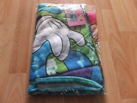 Disney Velour Minnie Mouse Beach Towel