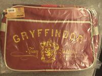 Official Harry Potter Messenger bag Gryffindor - unwanted gift