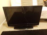 "Hitachi 32"" LCD TV"