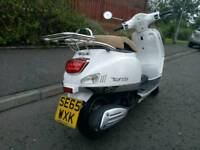 Vs125 cc scooter