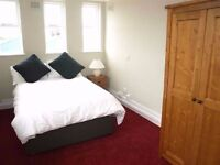 //DOUBLE ROOMS IN WELL CONNECTED AND SAFE AREA! *ALL BILLS INCLUDED*
