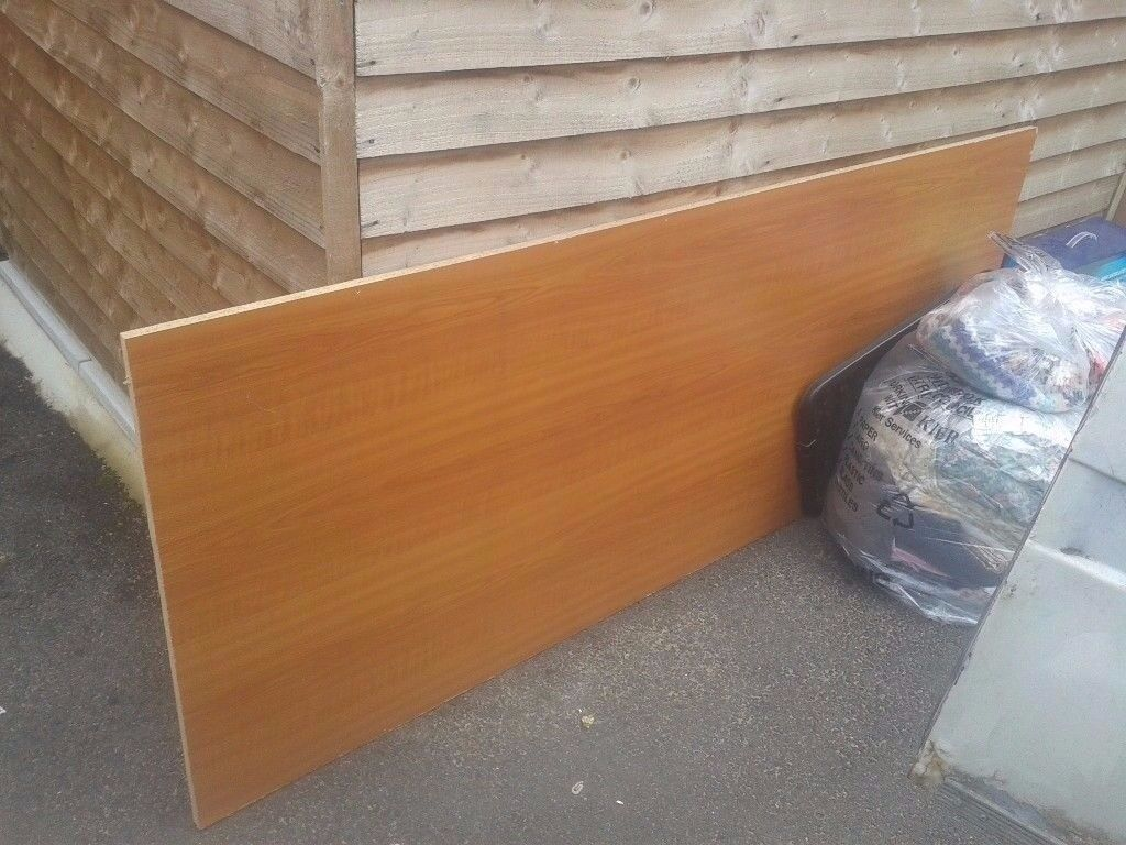 chipboard wood melamine coated sheet, 6.5x3ft approx not ply,perfect for shed roof/partition