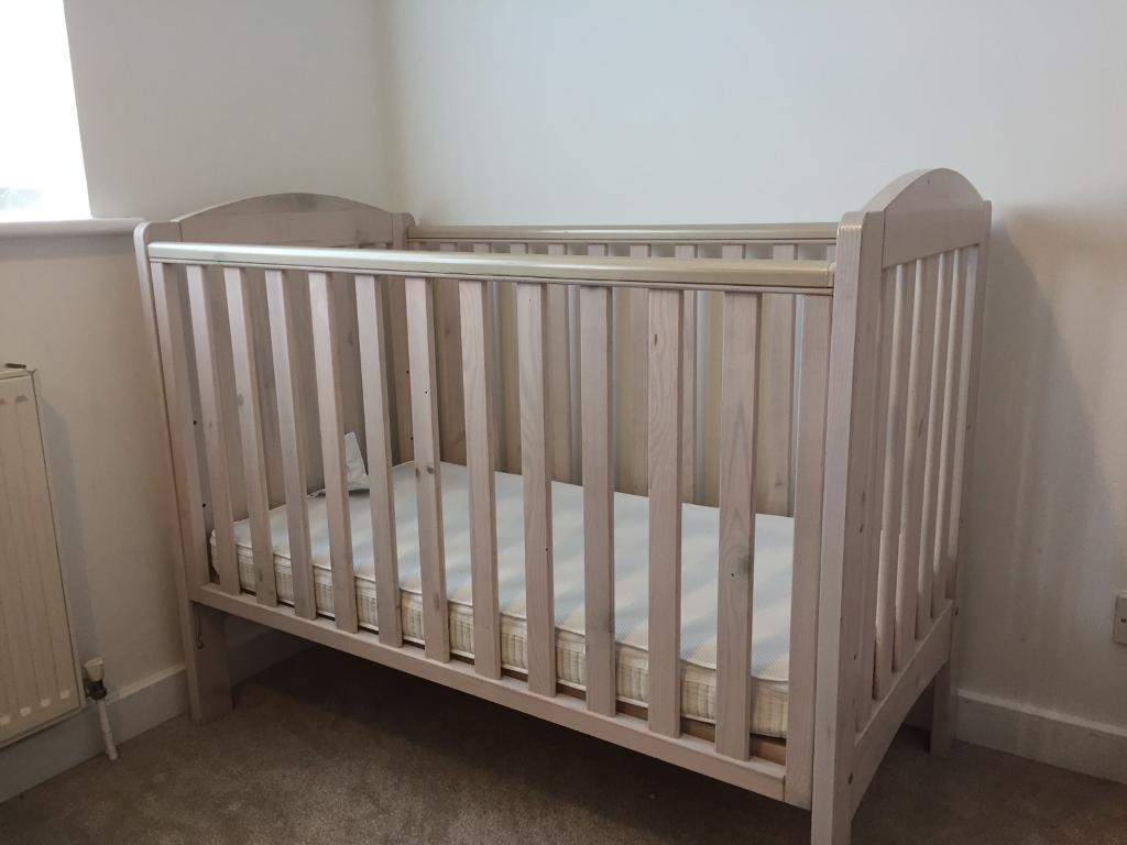Mothercare Cot In White Wash