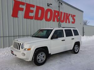 2010 Jeep Patriot Sport Package ***FREE C.A.A PLUS FOR 1 YEAR!**