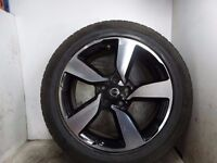 2015 NISSAN QASHQAI 18 inch alloy wheel with continental tyre 215/55/18 6mm