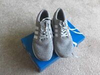 Junior Adidas trainers - los Angeles size 3