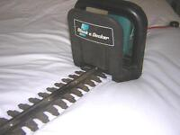 HEDGECUTTER / HEDGE TRIMMER BLACK AND DECKER GS400
