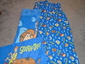 Scooby Doo curtains and single duvet cover and pillowcase.