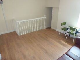 Two Bedroom flat just off City Road, Roath. Only £625 PCM, Fully Furnished! Available NOW!