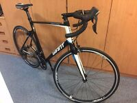 Giant Defy 1 (2015) L frame - Very Good Condition - Hardly Used - Black\White\Blue RRP £900