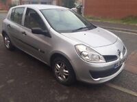 2006 Renault Clio, 1.5 Litre Diesel, £30/year tax, 43k miles, MOT 19/12/16 electric Windows, Alloys